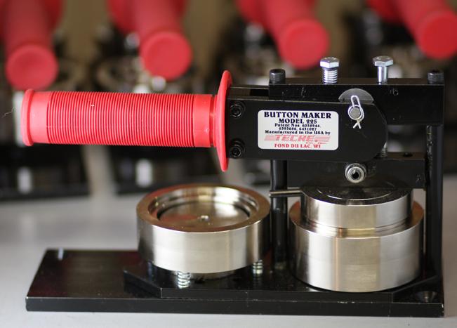 Tecre button maker