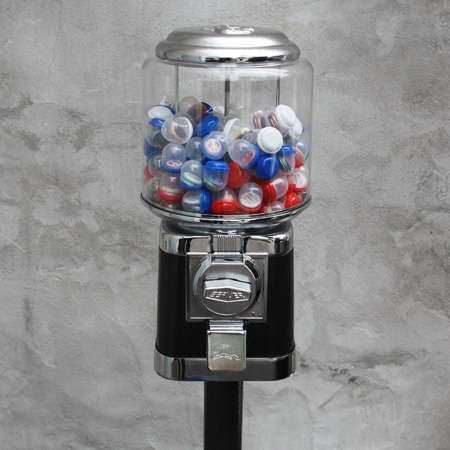 Round Beaver Button Vending Machine